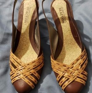 Kenneth Cole low heels